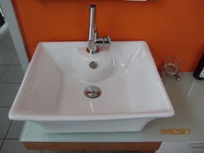 design badm bel whirlpool badewannen dampfdusche. Black Bedroom Furniture Sets. Home Design Ideas